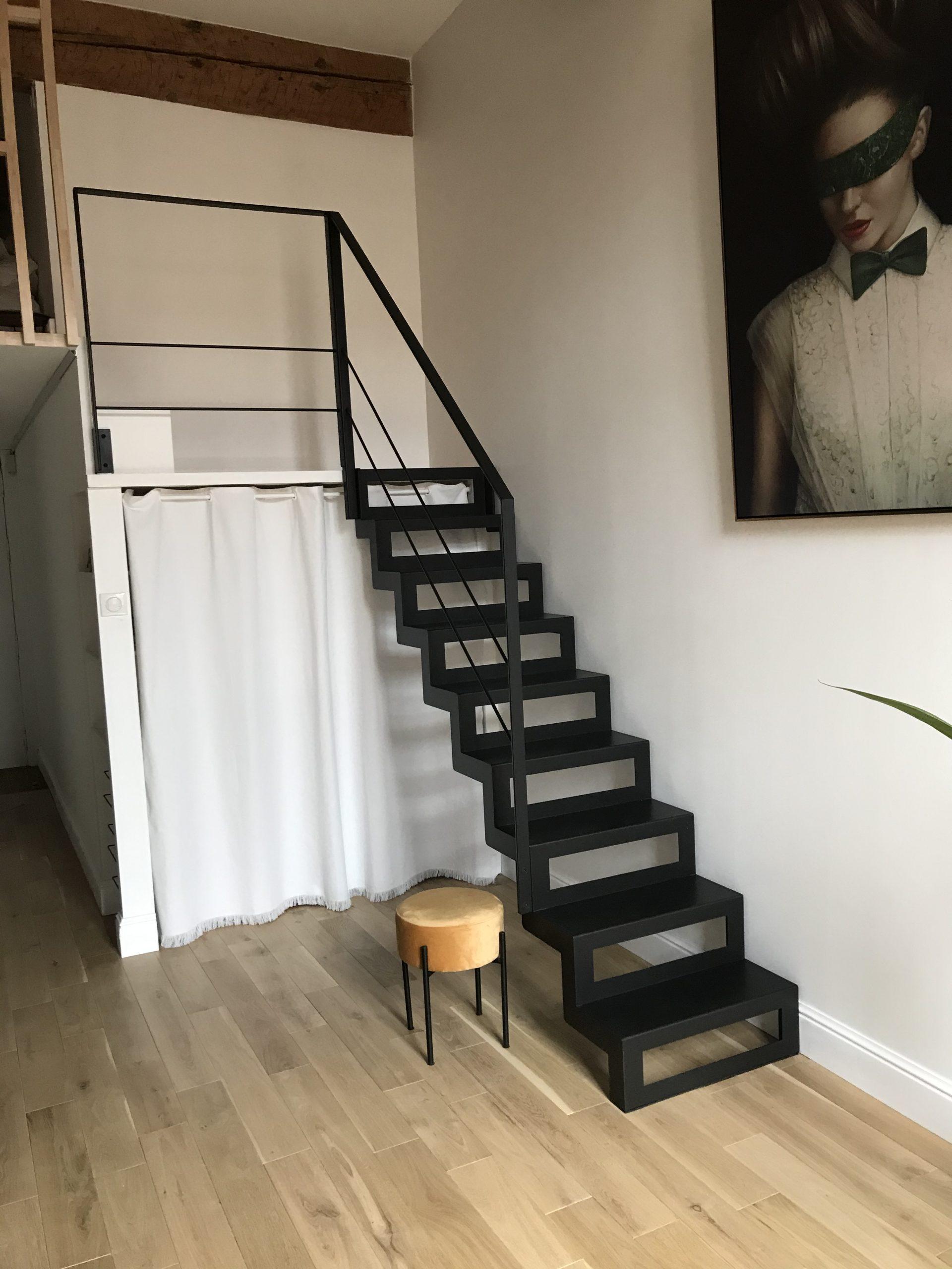 fer et tendance ferronnerie toulouse escalier double limon marches evidees