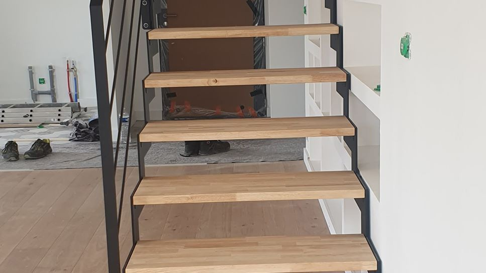 escalier fer et bois droit