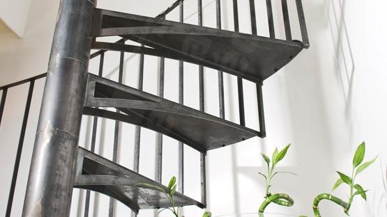 escalier métallique design Toulouse