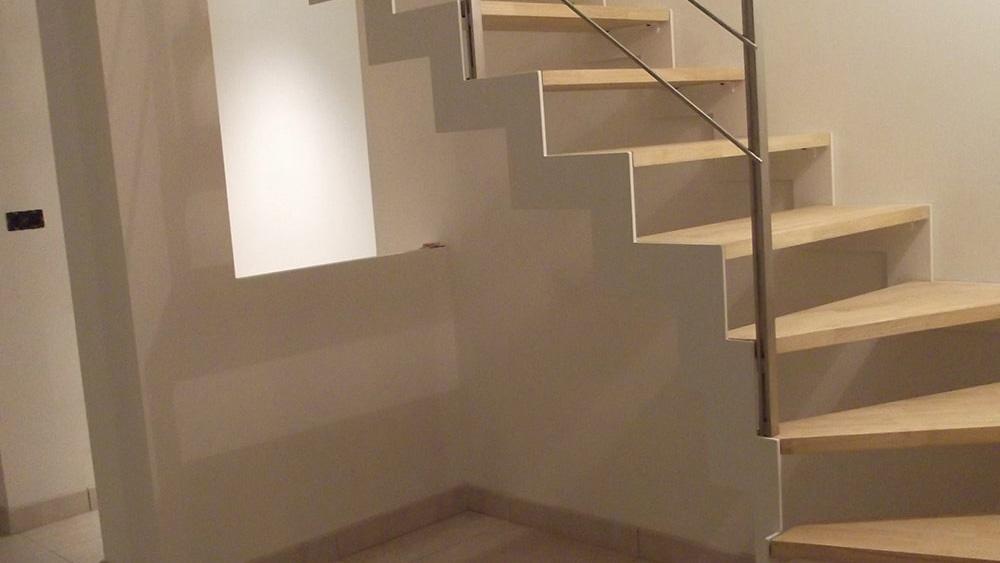 escalier quart tournant blanc