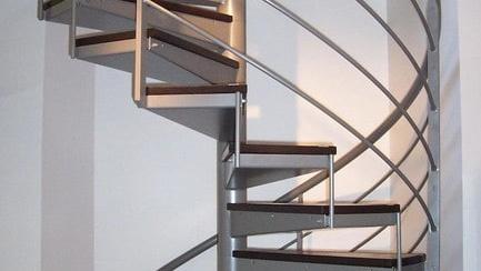 escalier colimaçon helicoidal à Toulouse