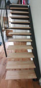 Escalier design métal et bois Toulouse artisan ferronnier Toulouse