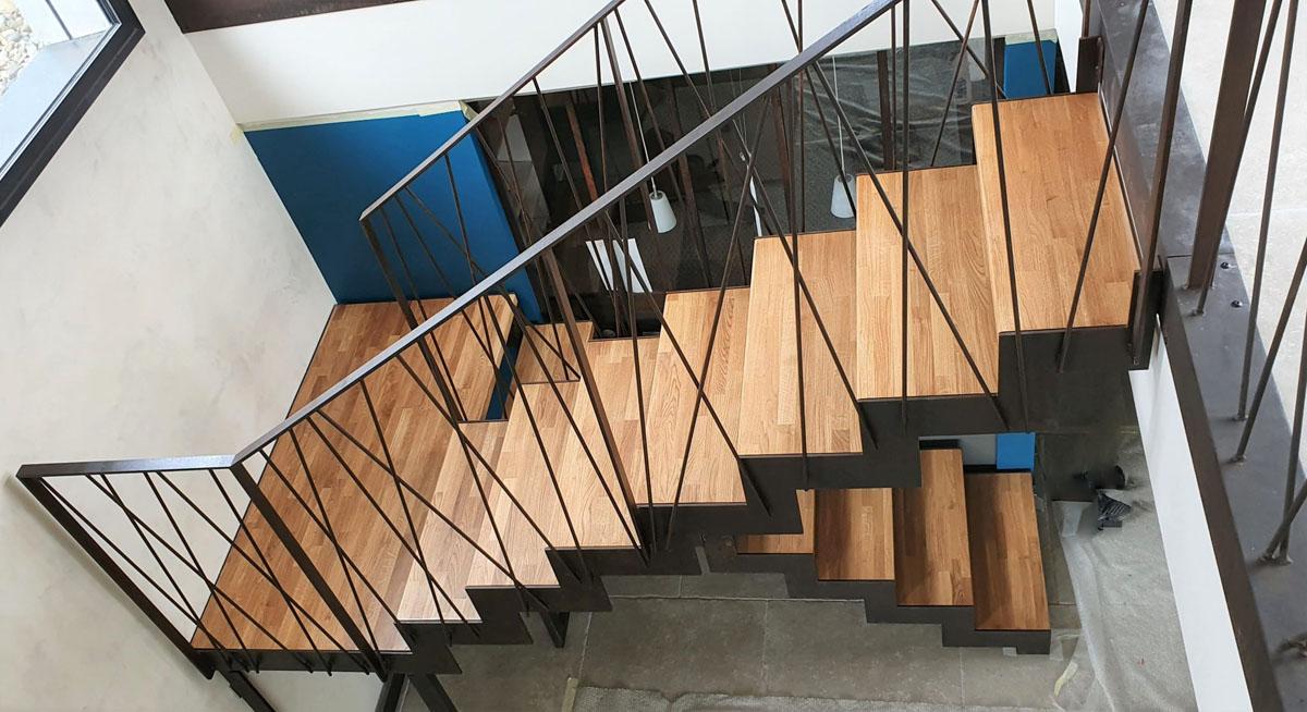 Escalier acier et bois double limon crémaillère