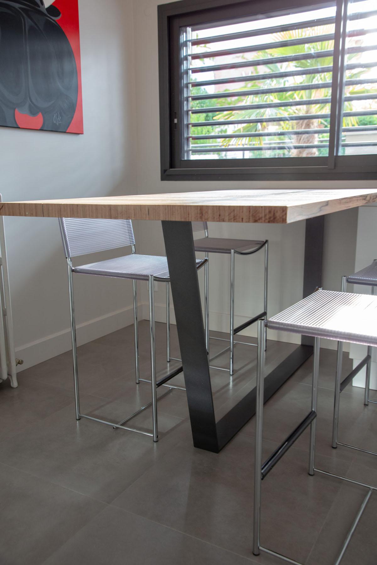 fer-et-tendance-ferronnerie-sur-mesure-pied-table-trapeze-acier-toulouse-scaled