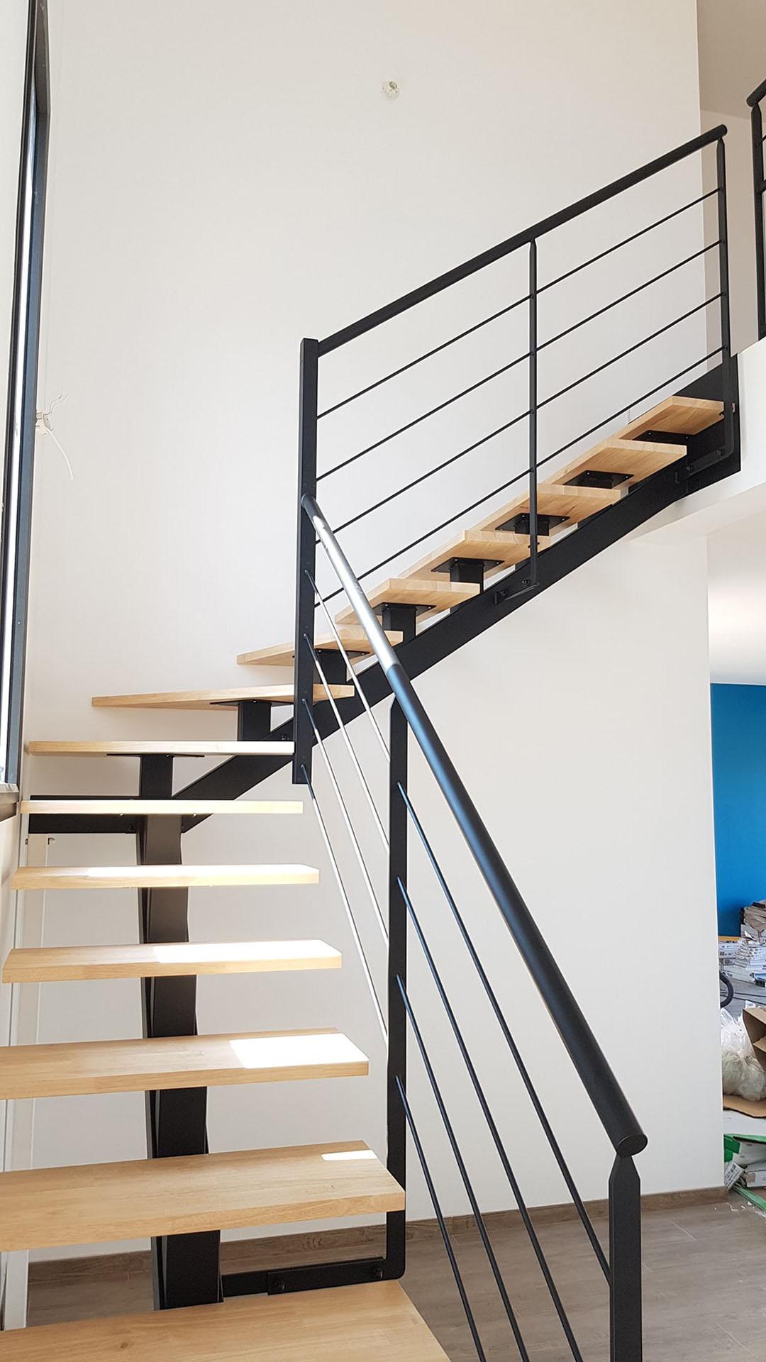 fer-et-tendance-garde-corps-escalier-acier-min