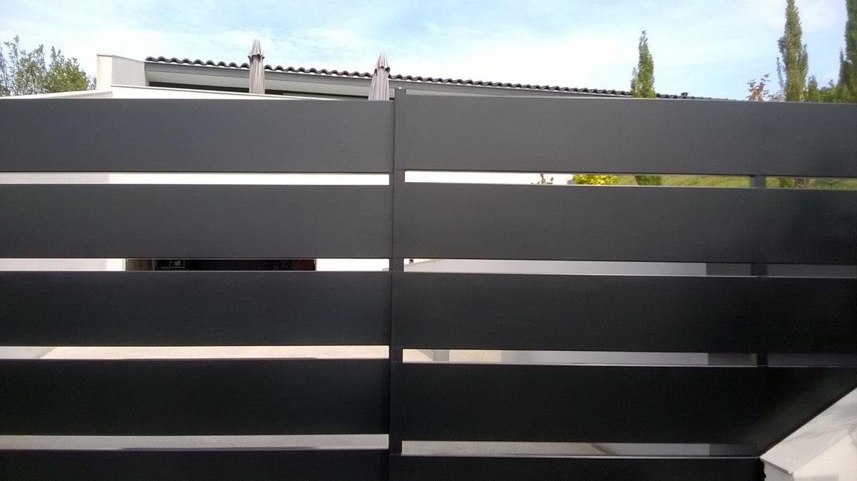 fer-et-tendance-portail-coulissant-acier